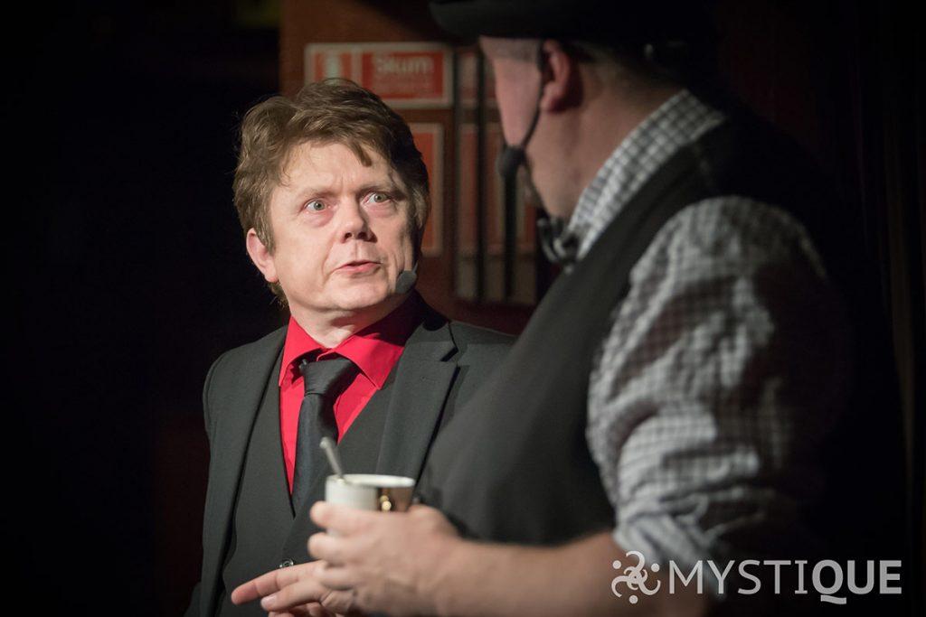Tom Stone och Martin bråkar